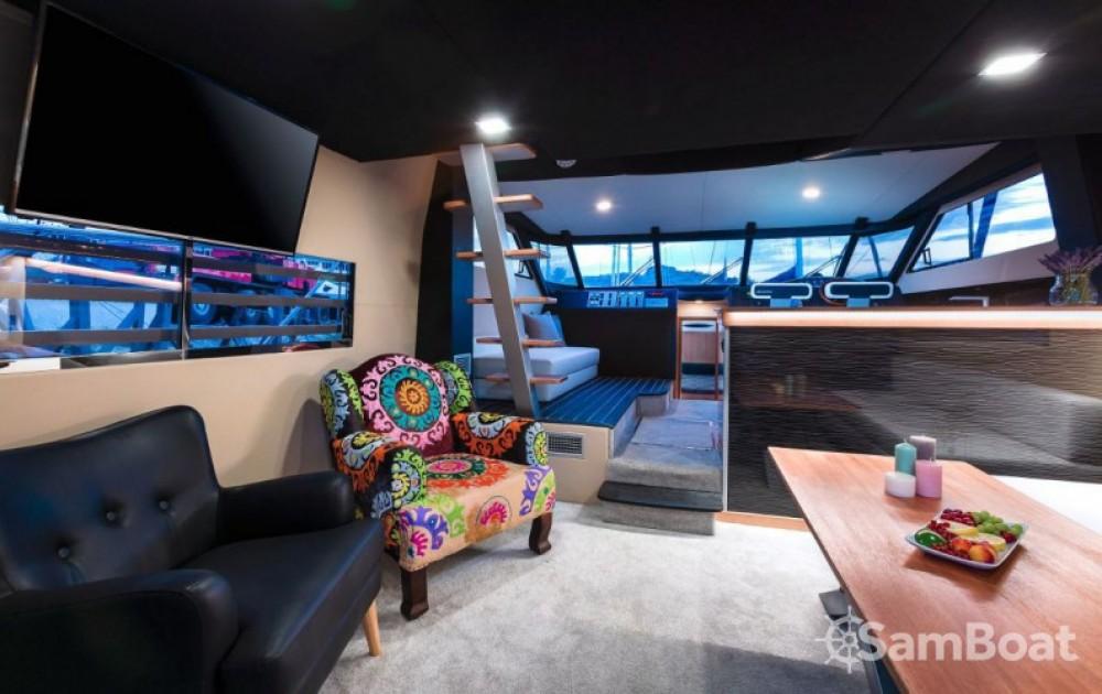 Alquiler de Lancha, con o sin patrón Fairline-Boats Marina LAV