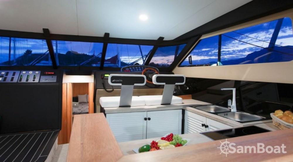 Alquiler de barcos Fairline-Boats MYACHTS 18 / Fairline 59 - 3 + 1 cab. enMarina LAV en Samboat