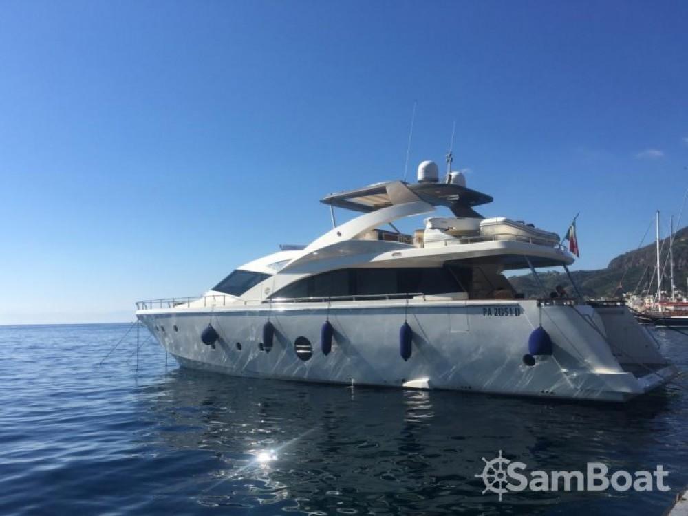 Alquiler de yate Milazzo - Aicon-Yachts Aicon 75 Fly - 4 cab. en SamBoat