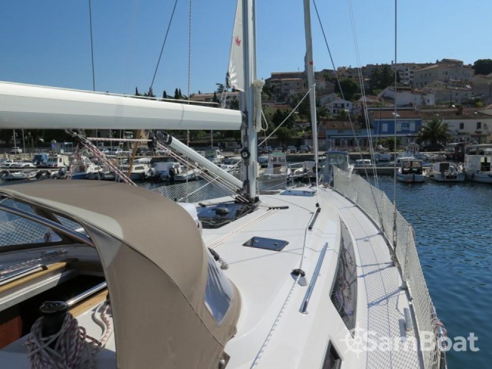 Alquiler de Bavaria Cruiser 46 en Seget Donji