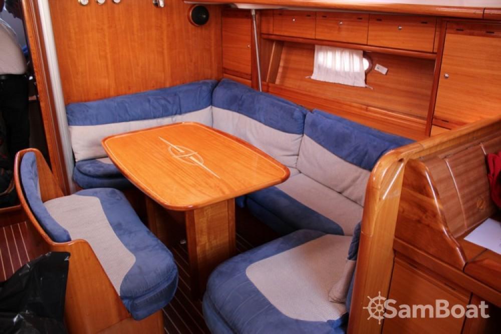 Alquiler de barcos Bavaria Cruiser 39 enSeget Donji en Samboat
