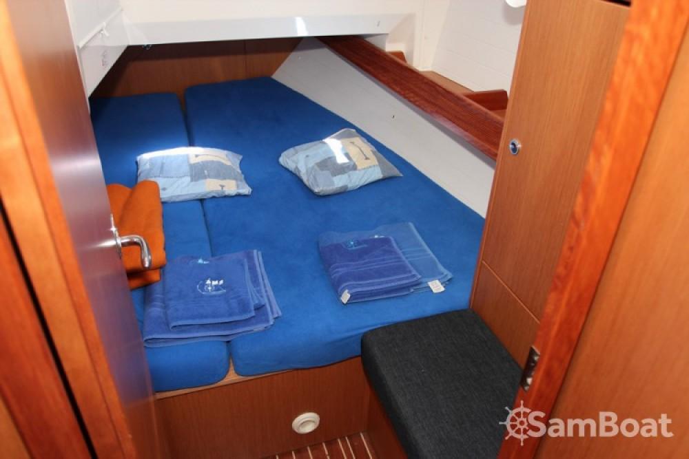 Alquiler de barcos Bavaria Cruiser 36 enSeget Donji en Samboat
