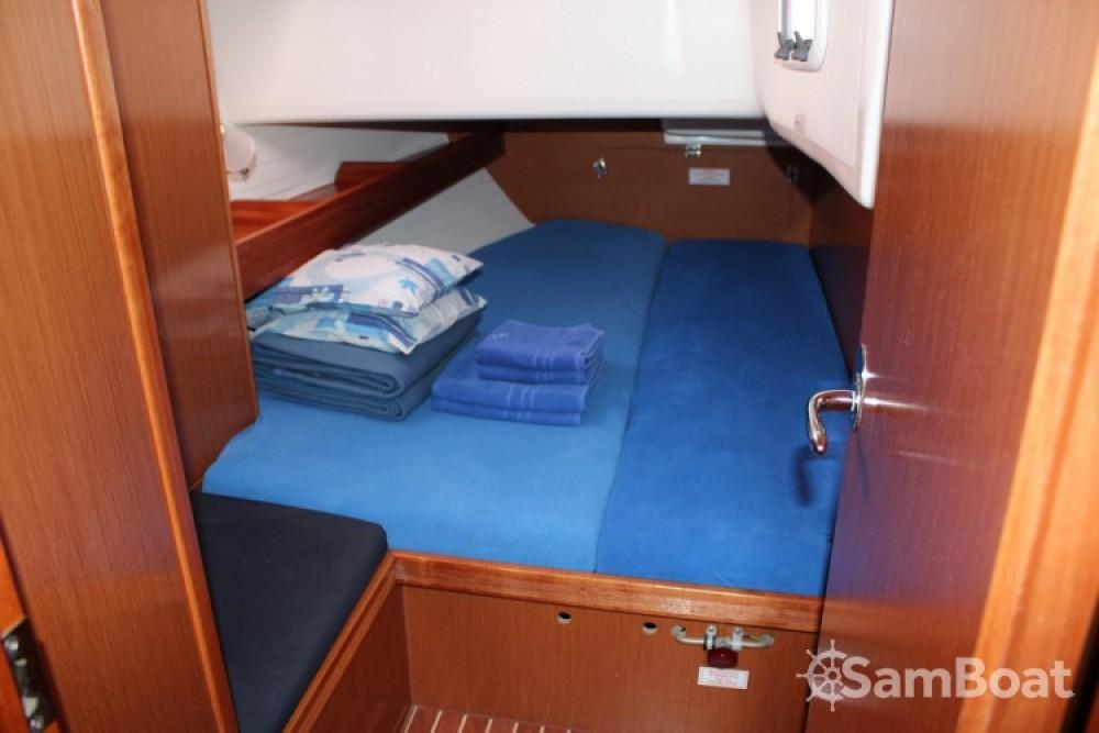Alquiler de barcos  barato de Cruiser 51