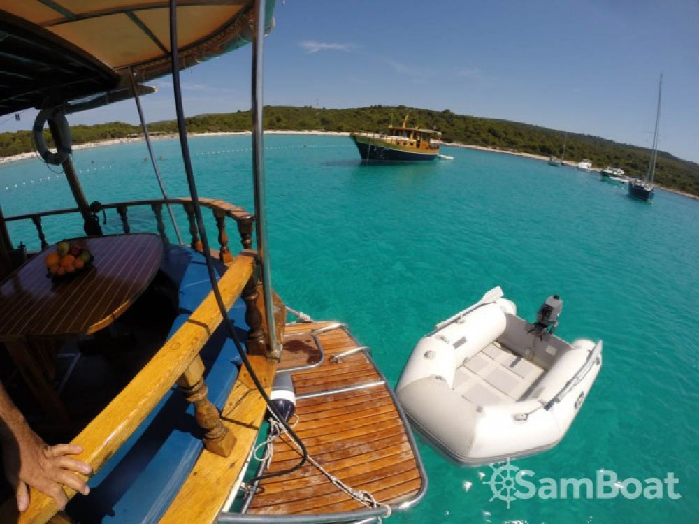 Custom Made Yacht TIHO between personal and professional Zadar