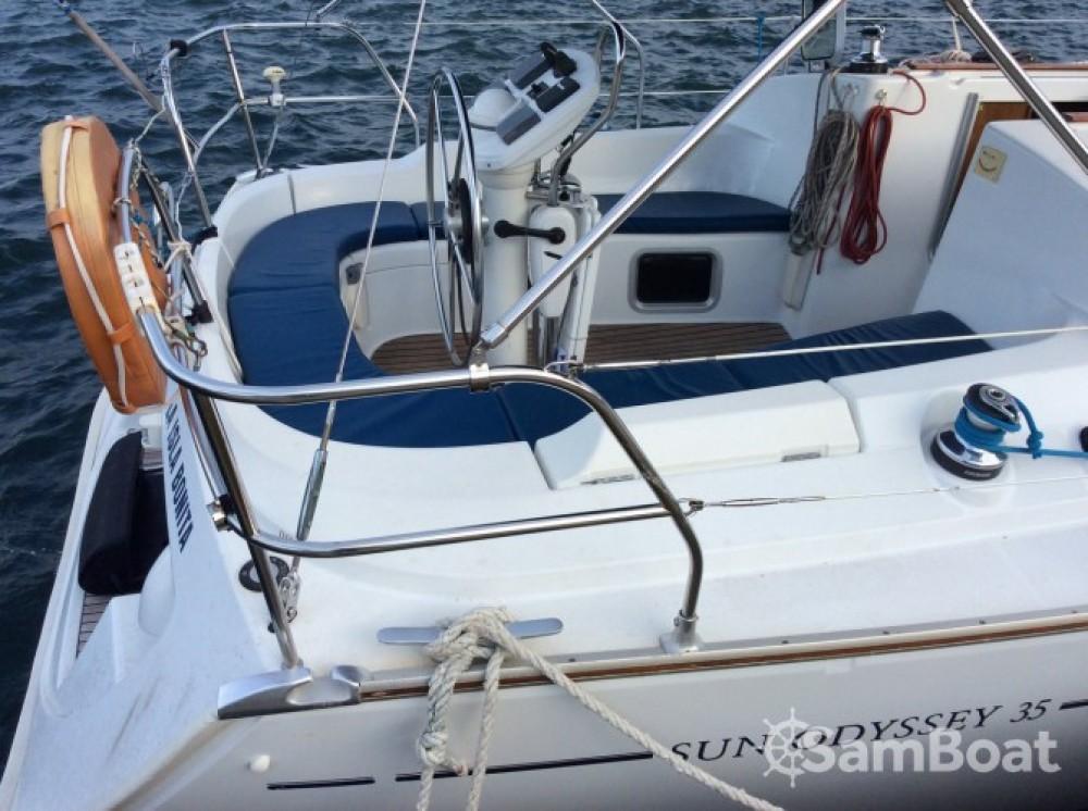 Alquiler de barcos Jeanneau Sun Odyssey 35 enÎles Ioniennes en Samboat