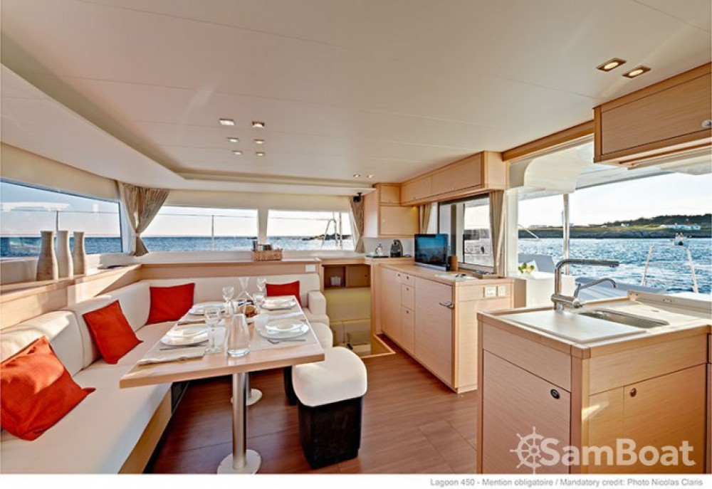 Lagoon Lagoon 450 entre particulares y profesional Seget Donji