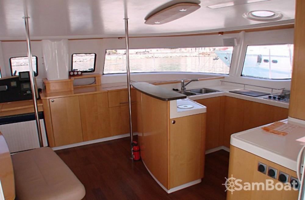 Alquiler de barcos Central Greece barato de Salina 48