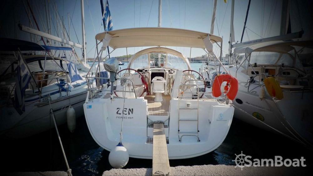 Alquiler de yate Central Greece - Bénéteau Oceanis 43 en SamBoat