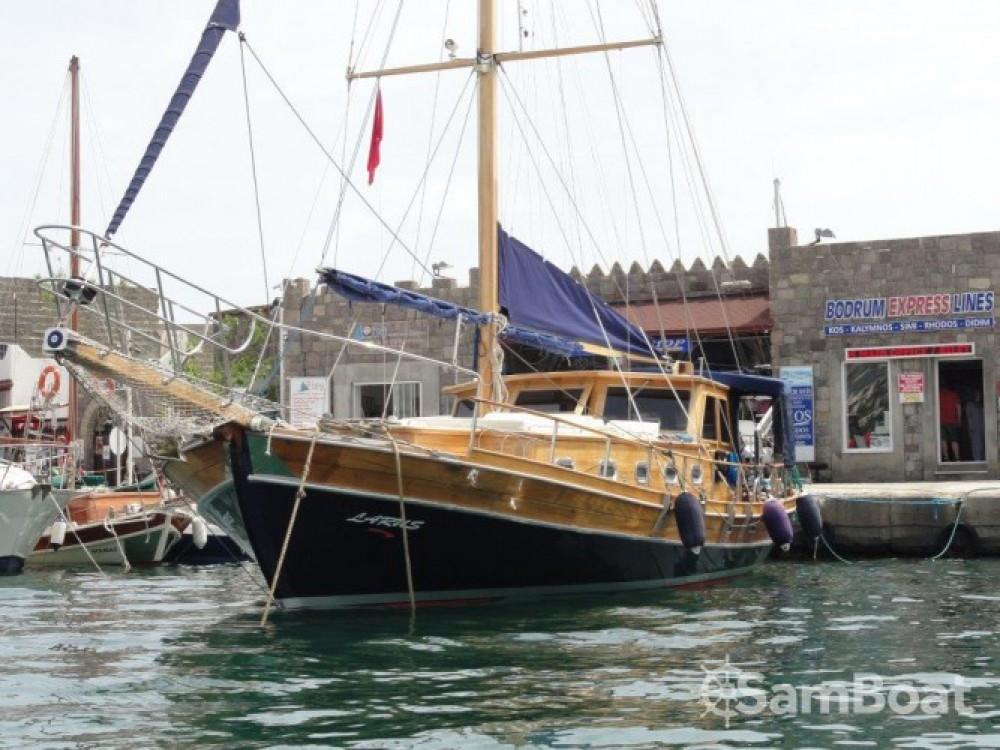 Alquiler de barcos Pirovac barato de Larus - 3 + 1 cab.