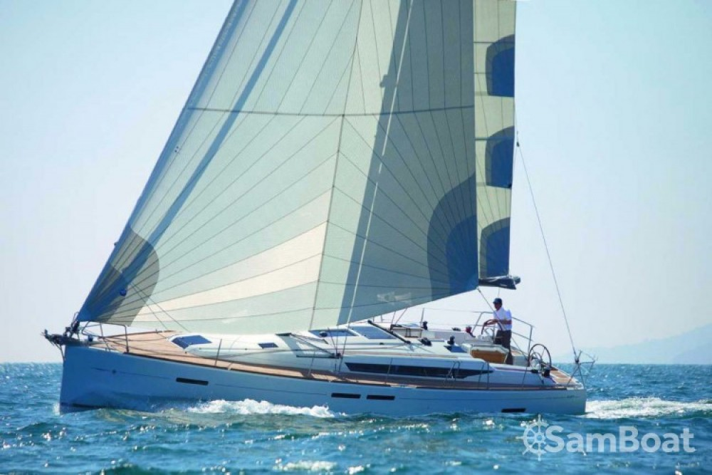 Jeanneau Sun Odyssey 449 entre particulares y profesional Central Greece