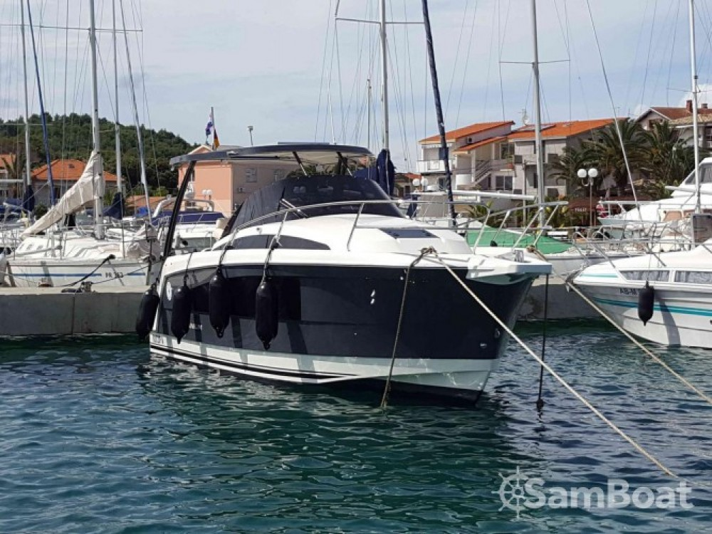 Location Bateau à moteur à Kukljica - Balt-Yacht Balt 818 Titanium