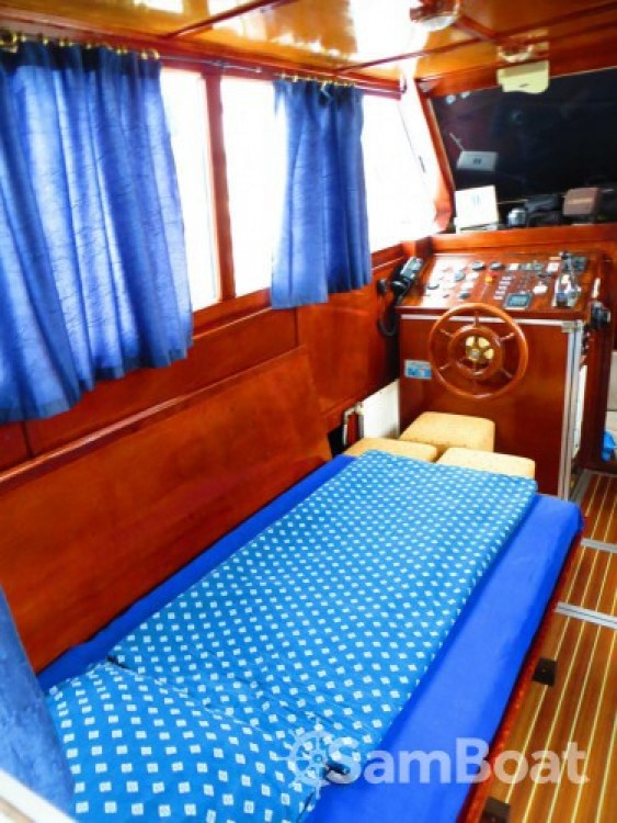 Alquiler de barcos De-Groot De Groot 43 Fly enKukljica en Samboat