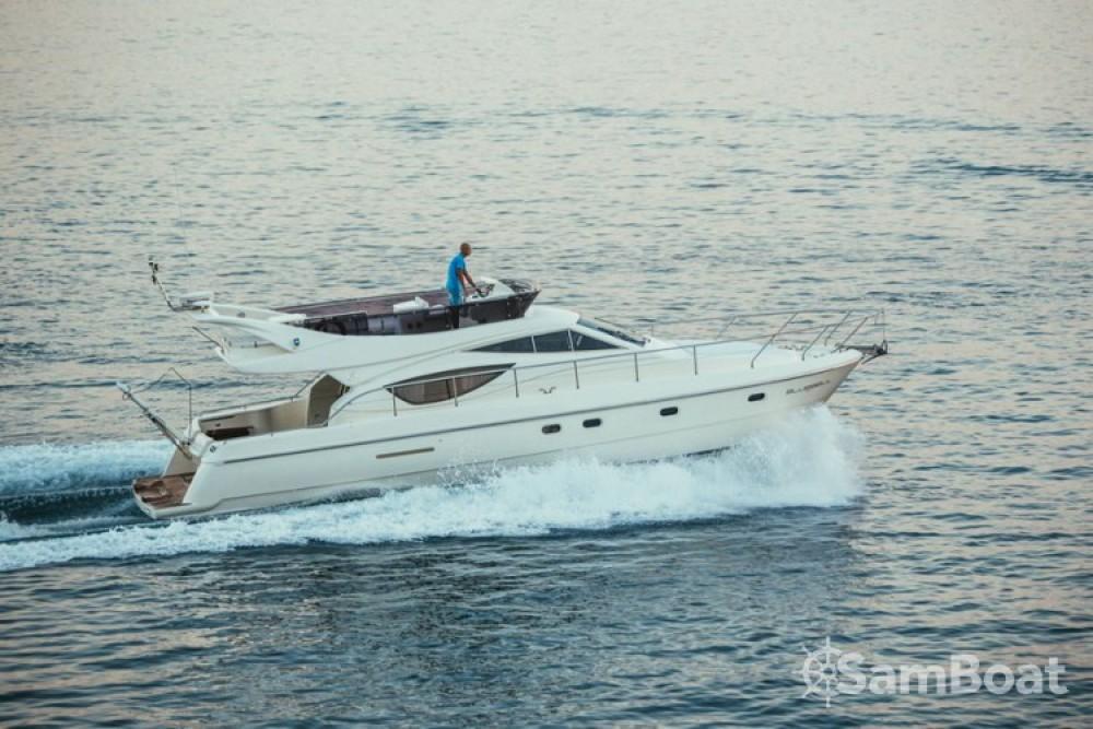 Alquiler Lancha Ferretti-Yachts-Group con título de navegación