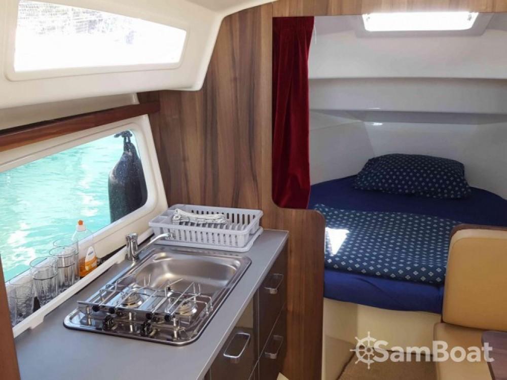 Location Bateau à moteur Balt-Yacht avec permis