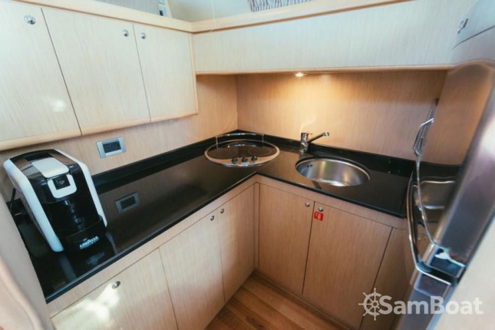 Alquiler de yate Split - Ferretti-Yachts-Group Ferretti 460i en SamBoat