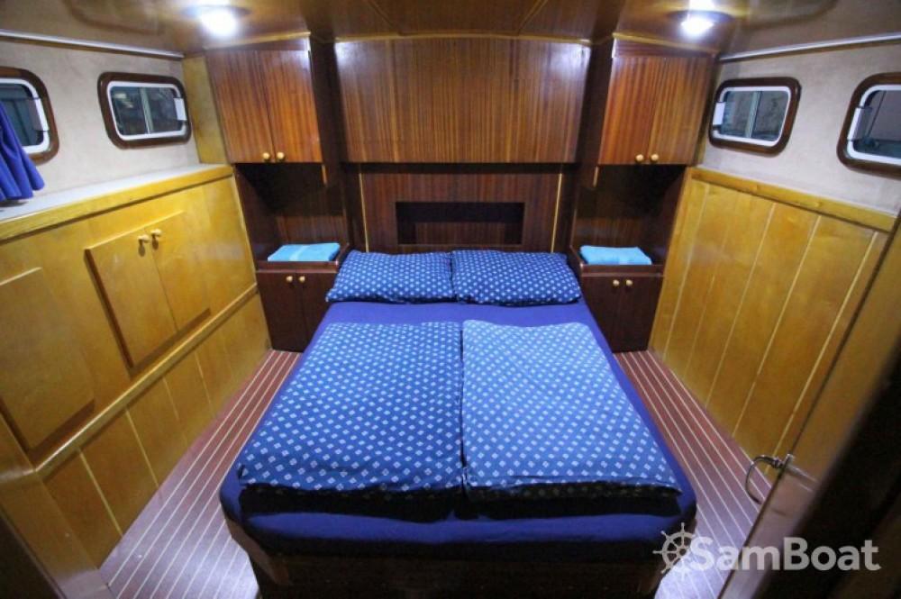 Location bateau Kukljica pas cher Payo 1225 Fly