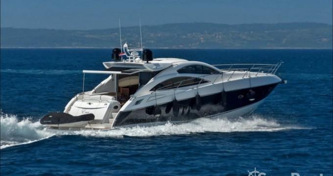 Boat rental Sunseeker-International Sunseeker Predator 62 - 3 + 1 cab. in Marina LAV on Samboat