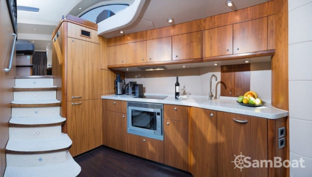 Alquiler de yate Marina LAV - Sunseeker-International Sunseeker Predator 62 - 3 + 1 cab. en SamBoat
