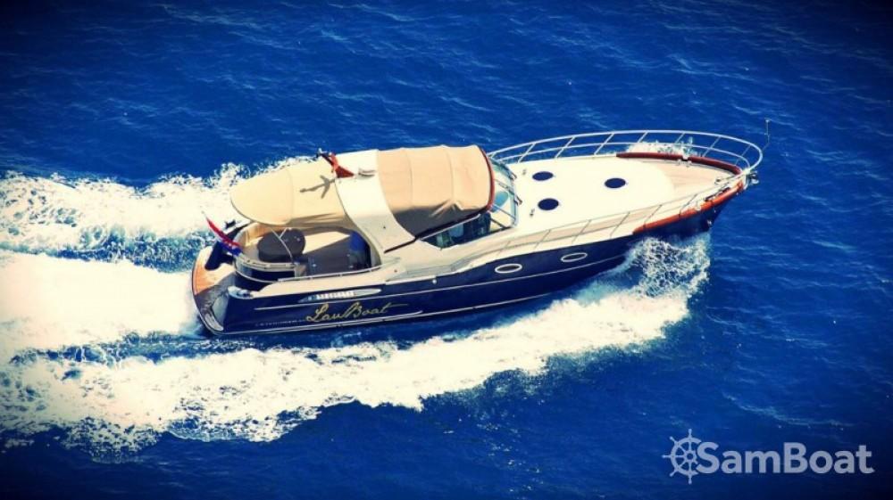 Rental Motor boat in Marina LAV - Liskens Catcruiser 45