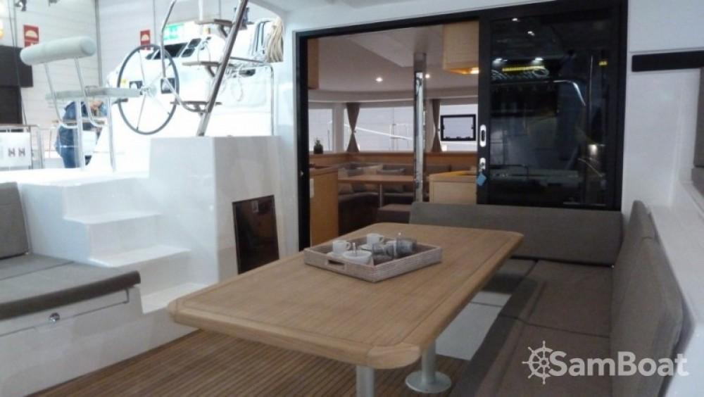 Catamarán para alquilar Central Greece al mejor precio