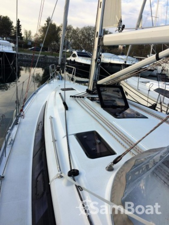 Bavaria Cruiser 41 entre particulares y profesional Central Greece