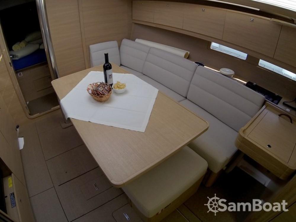 Alquiler de yate Šibenik - Dufour Dufour 382 Grand Large en SamBoat