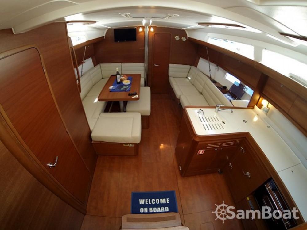 Alquiler de barcos Dufour Dufour 412 Grand Large enŠibenik en Samboat