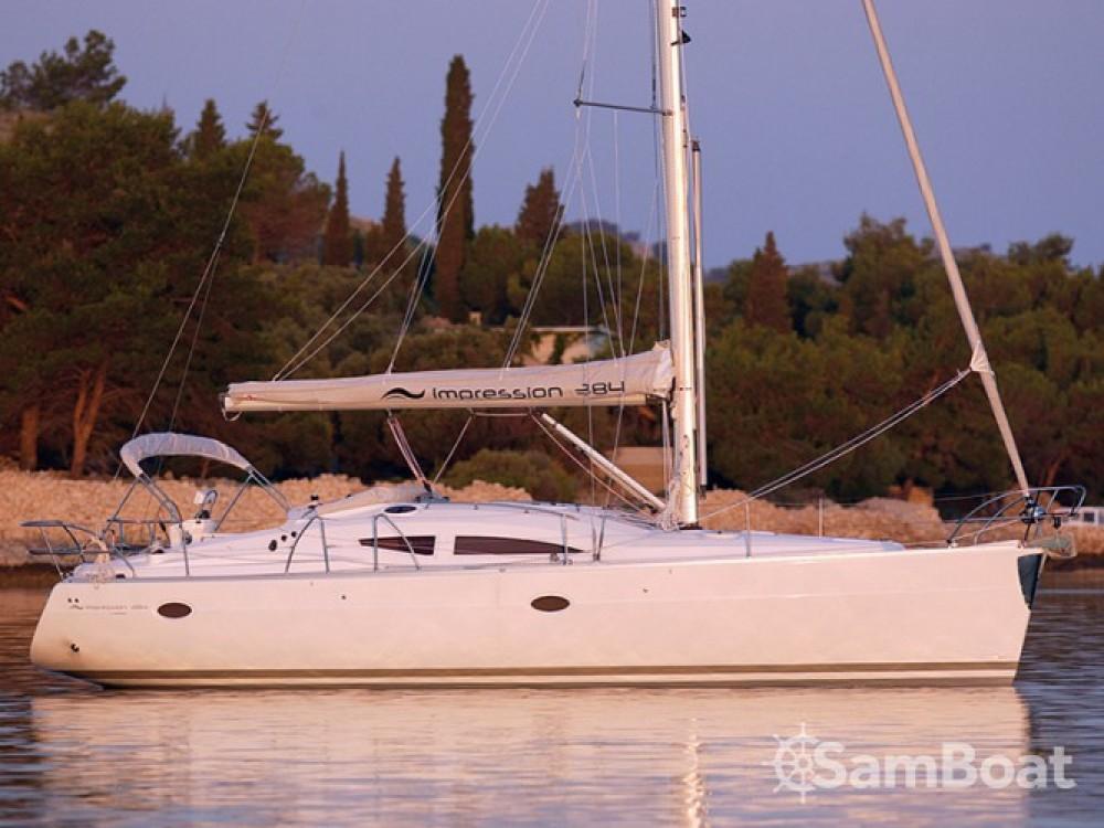 Alquiler de barcos Šibenik barato de Elan 384