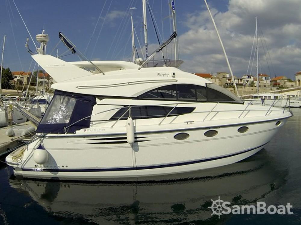Alquiler de yate Šibenik - Fairline-Boats Fairline Phantom 40 en SamBoat