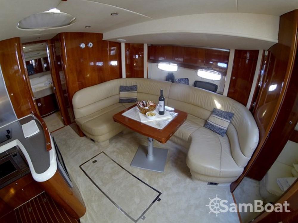 Alquiler de barcos Šibenik barato de Fairline Targa 52 GT