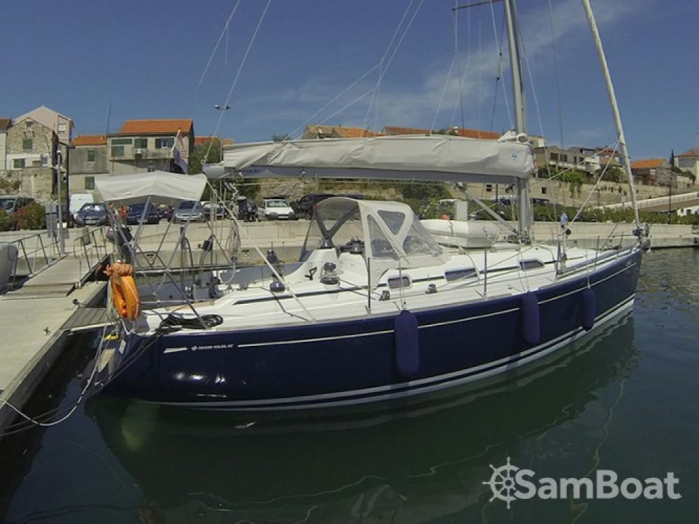 Alquiler de barcos Šibenik barato de Grand Soleil 40