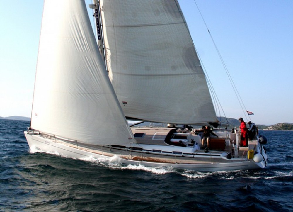 Alquiler de barcos Cantiere Del Pardo Grand Soleil 56 enŠibenik en Samboat