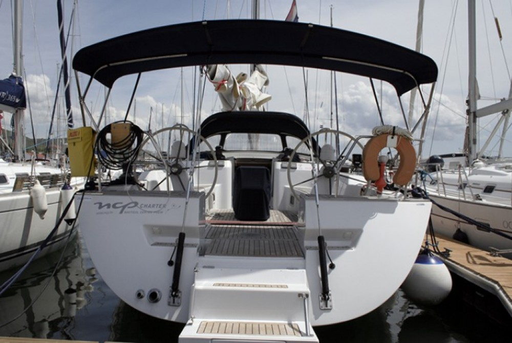 Alquiler de yate Šibenik - Cantiere Del Pardo Grand Soleil 56 en SamBoat