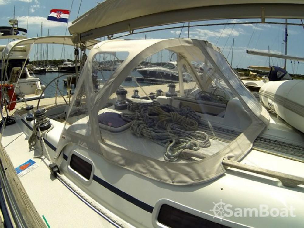 Alquiler de barcos Cantiere Del Pardo Grand Soleil 40 enŠibenik en Samboat