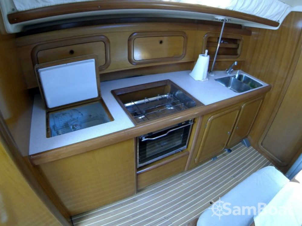 Alquiler de yate Šibenik - Cantiere Del Pardo Grand Soleil 40 en SamBoat