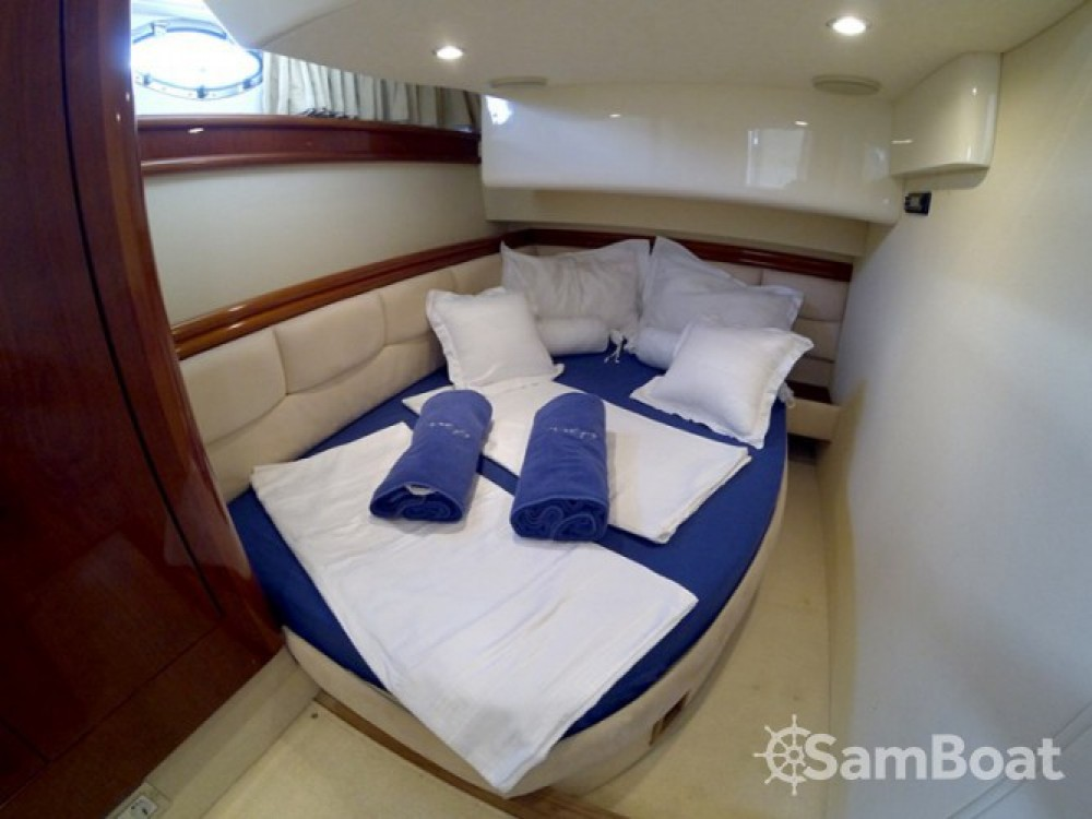Alquiler de barcos Fairline-Boats Fairline Phantom 50 enŠibenik en Samboat