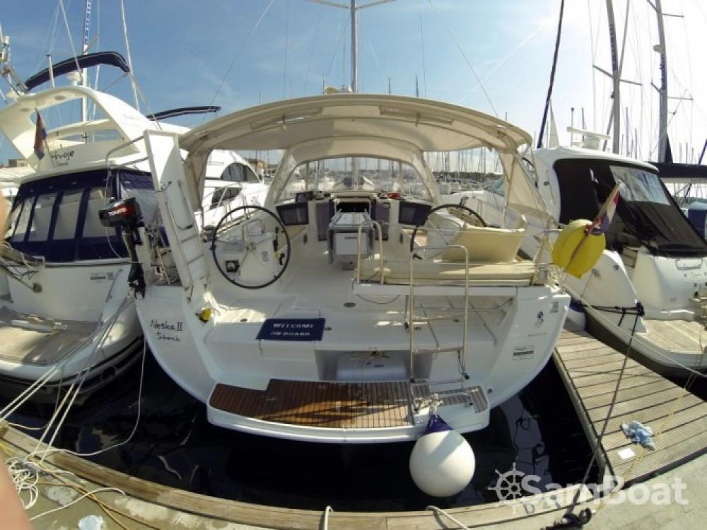 Alquiler de barcos Bénéteau Oceanis 45 enŠibenik en Samboat