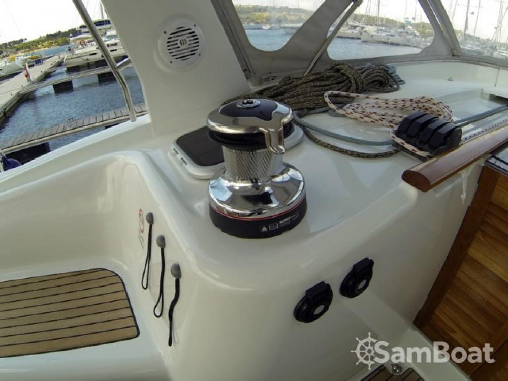 Alquiler de barcos Bénéteau Oceanis 50 enŠibenik en Samboat