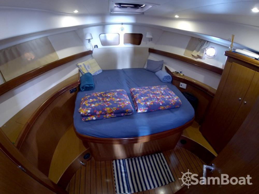 Alquiler Lancha en Šibenik - Bénéteau Swift Trawler 42