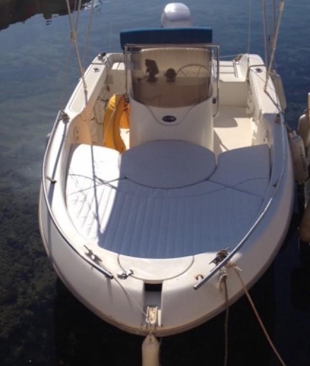 Louer Bateau à moteur avec ou sans skipper Sessa Marine à Sausset-les-Pins