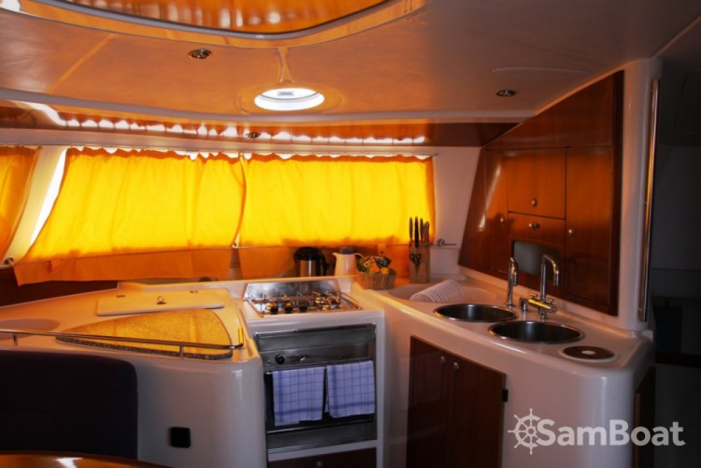 Fountaine Pajot Belize 43 entre particulares y profesional Marmaris Yacht Marina A.Ş