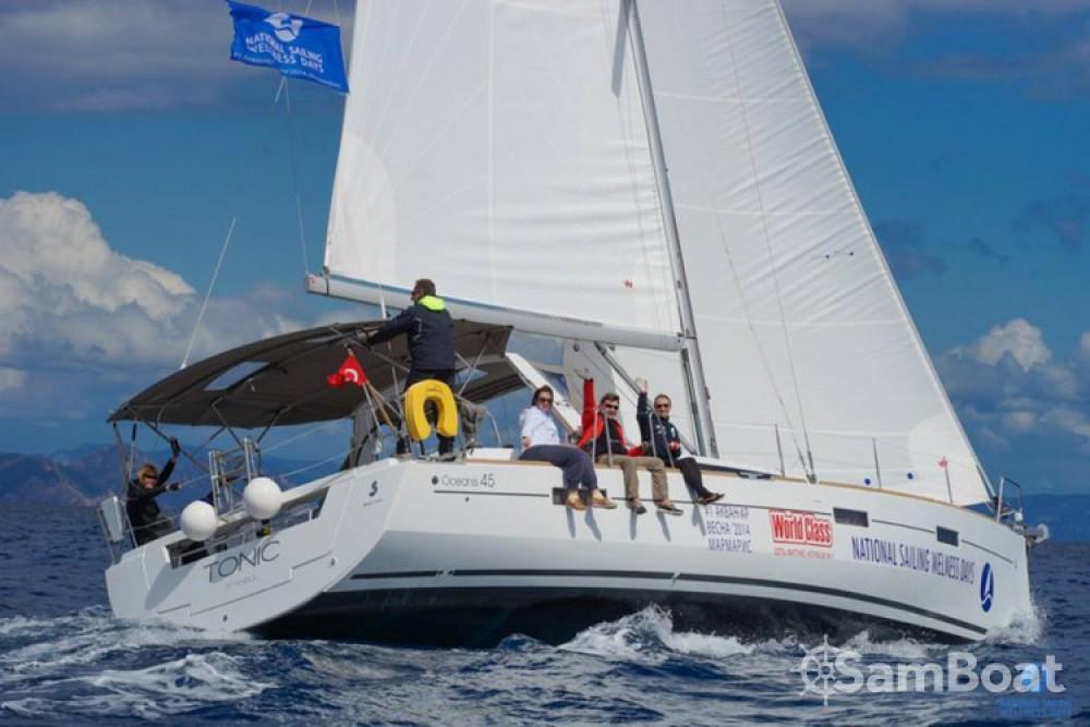 Bénéteau Oceanis 45 entre particulares y profesional Marmaris Yacht Marina A.Ş
