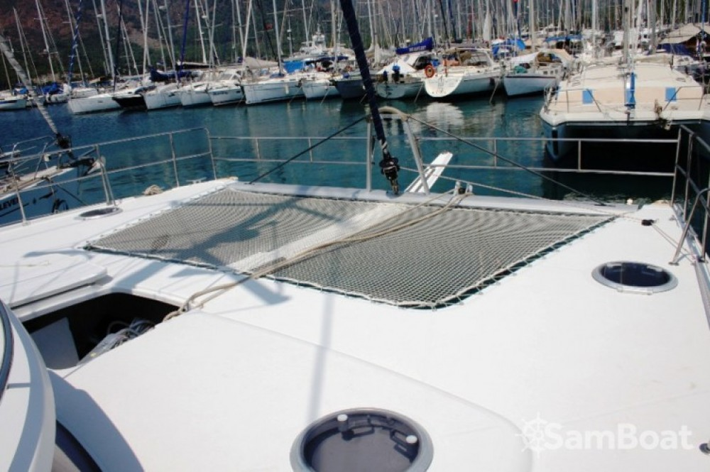 Fountaine Pajot Salina 48 entre particulares y profesional Marmaris Yacht Marina A.Ş