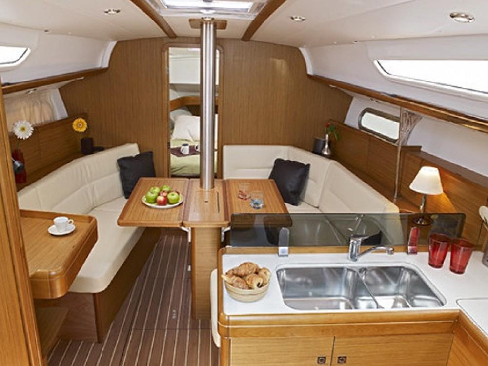 Alquiler de Jeanneau Sun Odyssey 36i en Marmaris Yacht Marina A.Ş