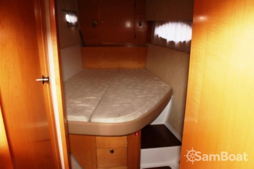 Catamarán para alquilar Marmaris Yacht Marina A.Ş al mejor precio
