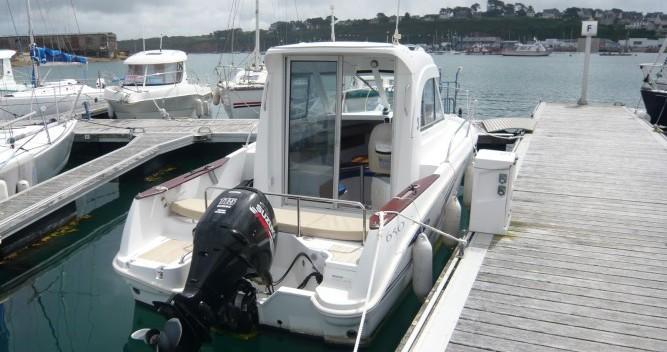 Location bateau Bénéteau Antares 650 à Camaret-sur-Mer sur Samboat
