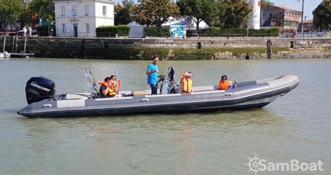 Louer Semi-rigide avec ou sans skipper Narwhal à La Rochelle