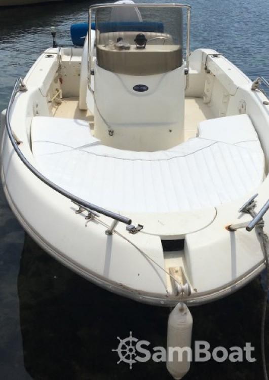 Louer Bateau à moteur avec ou sans skipper Sessa Marine à Ensuès-la-Redonne