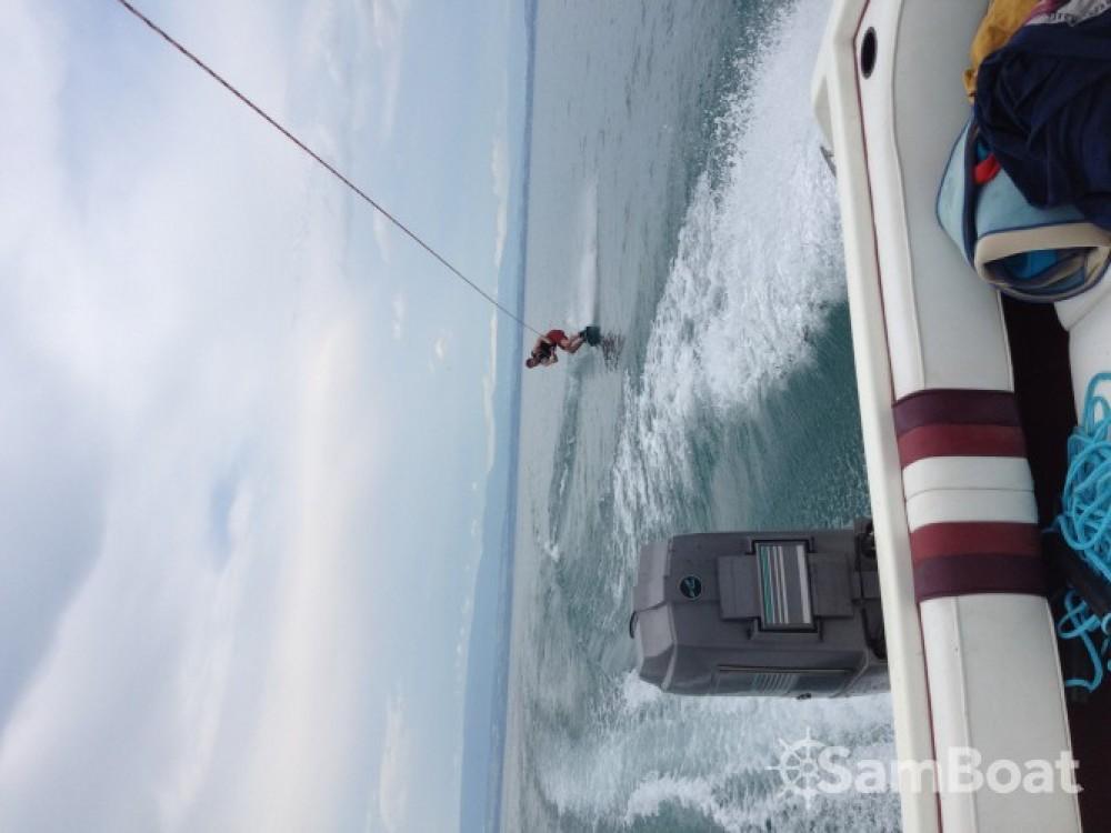 Location bateau Évian-les-Bains pas cher Sea Ray 160 CB