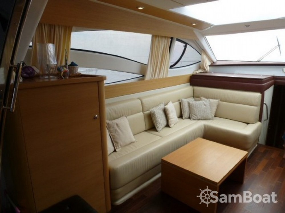 Louer Yacht avec ou sans skipper Innovazione e Progetti à Propriano